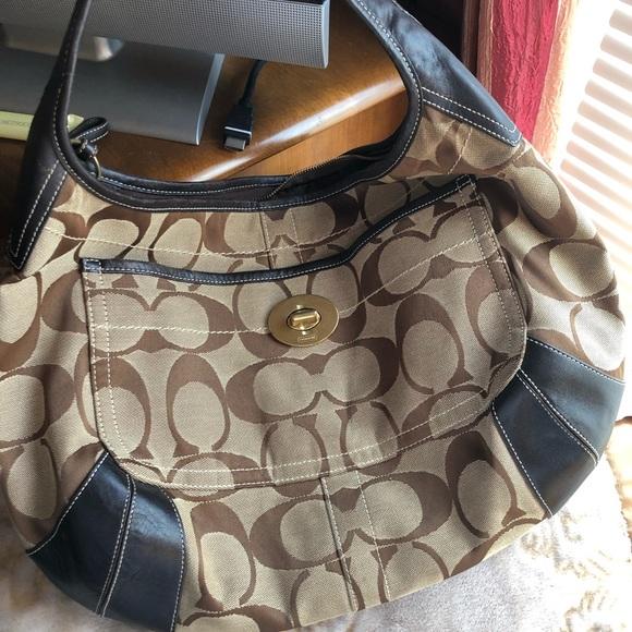 Coach Handbags - Turn lock hobo bag